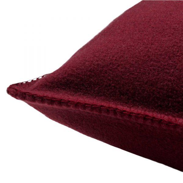 4051244472722-02-zoeppritz-weicher-soft-fleece-kissenbezug-30x50-wein-rot