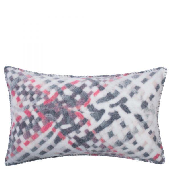 4051244496735-01-soft-woven-zoeppritz-viscose-kissenbezug-30x50-geranien-rot