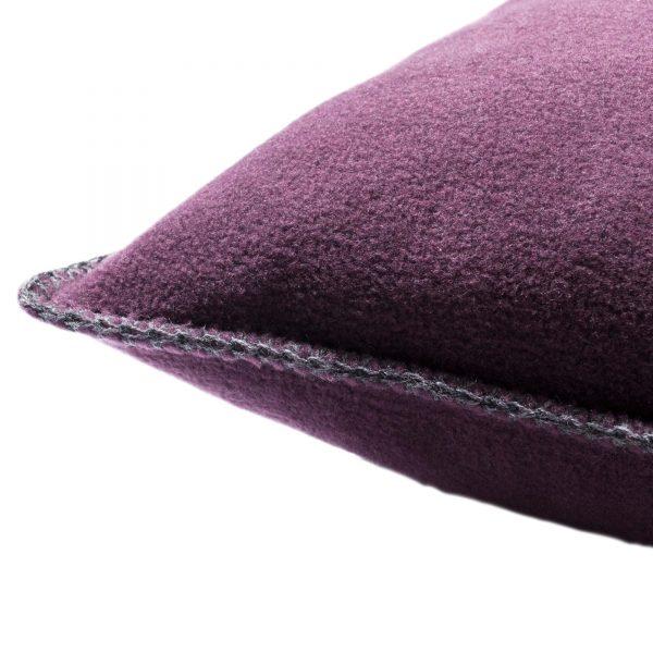 4051244510714-02-zoeppritz-weicher-soft-fleece-kissenbezug-50x50-schwarzbeer-lila