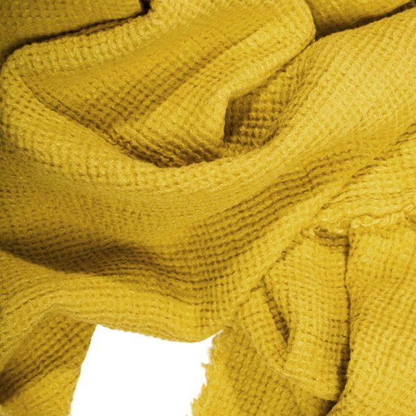4051244491297-03-honeybee-zoeppritz-leinen-decke-130x180-curry-gelb