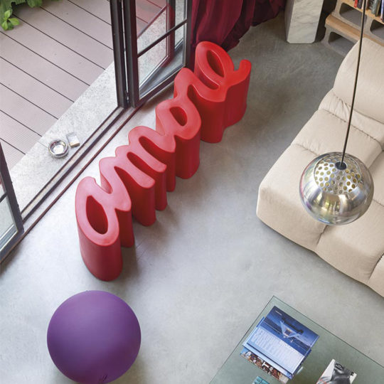 Amore Bank, rot, Material Kunststoff, in Groesse 145x38x45