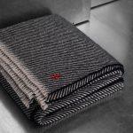 4051244464161-03-Award-zoeppritz-cashmere-decke-130x185-schwarz