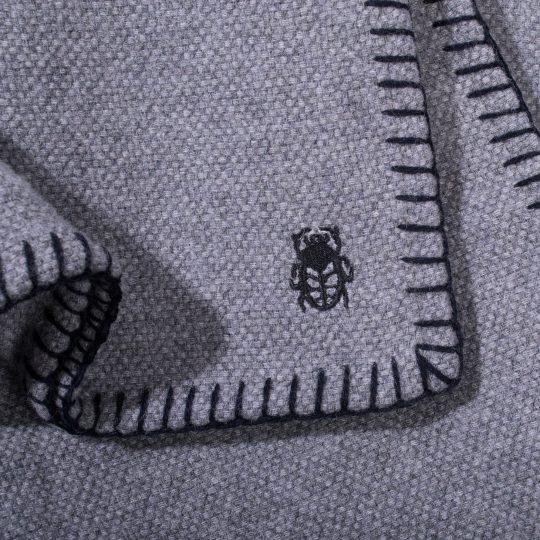 4051244515986-03-must-stitch-zoeppritz-schurwolle-decke-150x200-schwarz