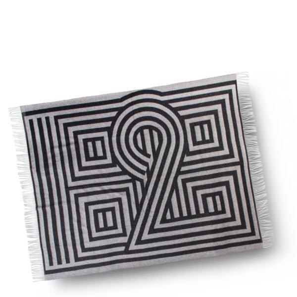 1828 zoeppritz schurwoll decke 135x190 schwarz