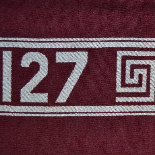 4051244496988-03-mickey-hero-zoeppritz-schurwolle-cashmere-decke-140x190-wein-rot-disney-decke