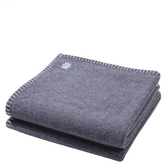 4051244516006-00-must-stitch-zoeppritz-schurwolle-decke-150x200-pudriges-blau