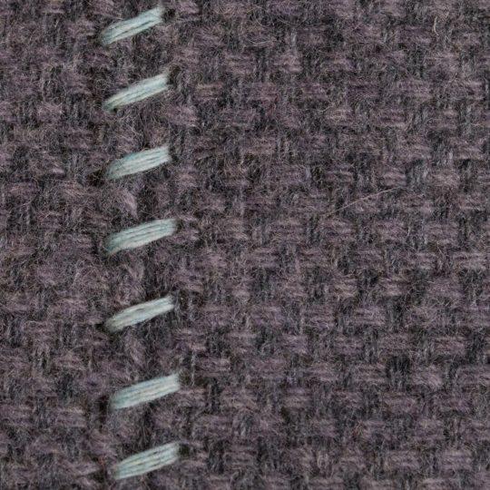 4051244516044-03-must-stitch-zoeppritz-schurwolle-kissenbezug-30x50-pudriges-blau