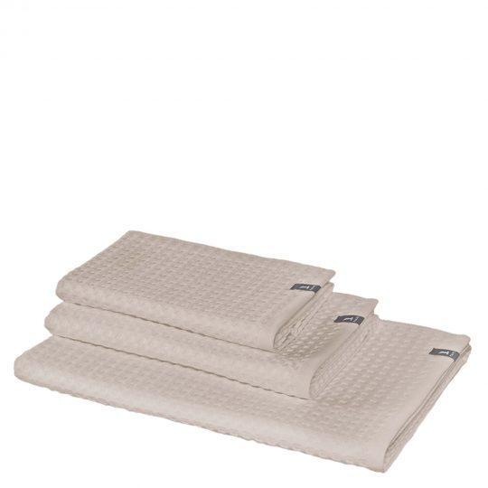 4013165476210-00-waffelpiquee-baumwolle-gaestetuch-handtuch-saunatuch-duschtuch-40x70-moeve-beige