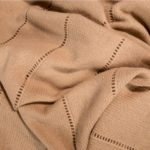 4005133019864-03-devine-zoeppritz-cashmere-strickdecke-200x220-kamel-braun