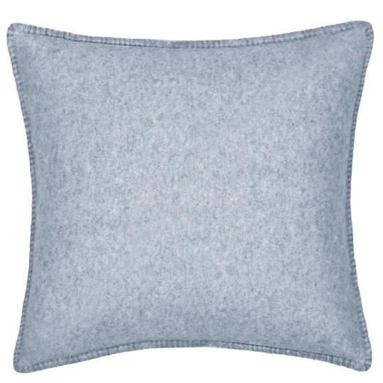 4051244468114-01-soft-wool-zoeppritz-viscose-schurwoll-kissenbezug-50x50-pudriges-blau