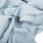 4051244491310-03-honeybee-zoeppritz-leinen-decke-130x180-wasser-blau