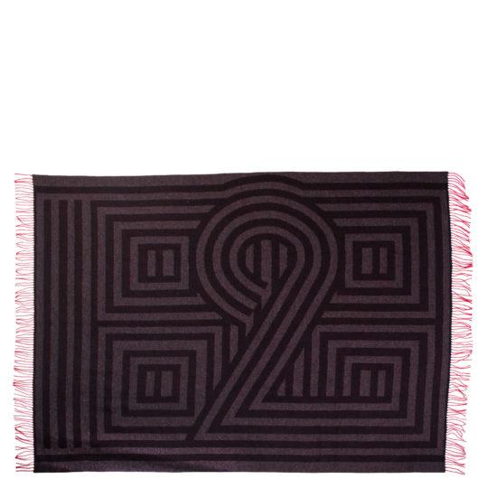 4051244522663-00-1828-zoeppritz-schurwoll-decke-125x185-anthrazit-schwarz-muster-rote-fransen