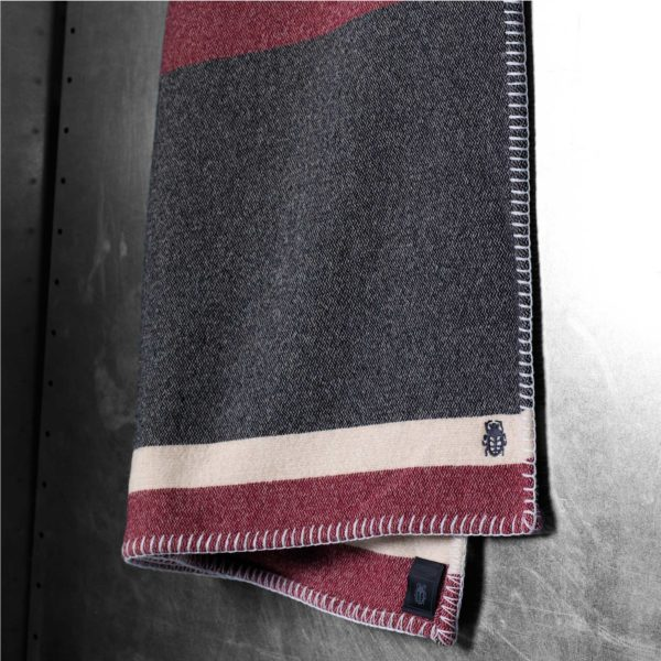 zoeppritz Hump Stripe Decke gestreift, Material Kamelhaar, in Groesse 150x200