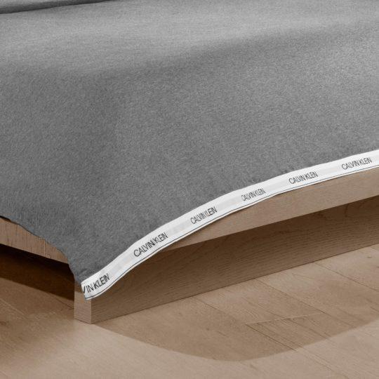 Calvin Klein Home Bettgarnitur Set Bettdecke Kopfkissen CLASSIC, Material Baumwolle Modal, grau
